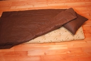 Матрац,  подушка и одеяло.